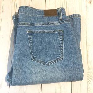 LANDS END • Original Fit• Classic waist bootleg
